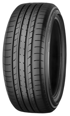 YOKOHAMA BLUEARTH E70 225/55R18 98H